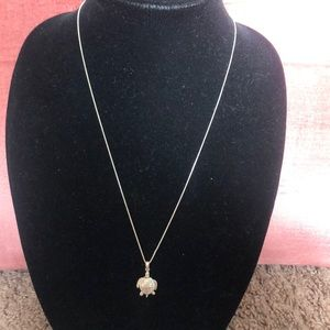 Jewelry - Vintage sterling silver turtle pendant and chain